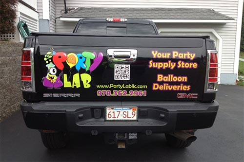 PARTY LAB TRUCK LETTERING